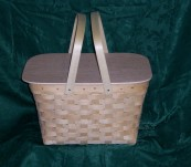 Cake Carrier with Tray Insert