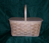 Small Picnic Basket with Split Top Lid